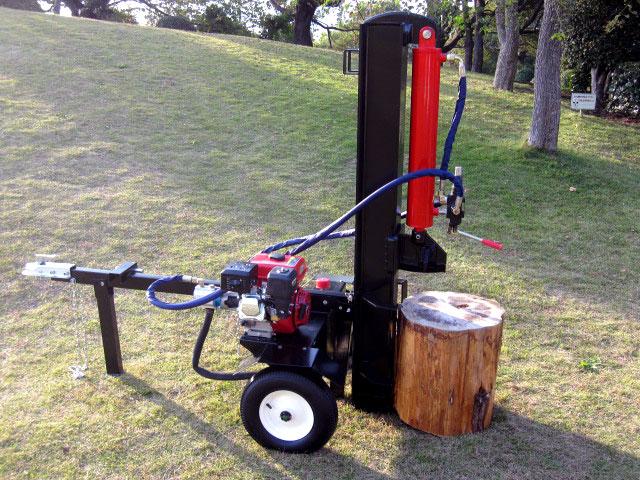 薪割り機を初めてお使いになる方でも安心、詳しい操作マニュアル付き